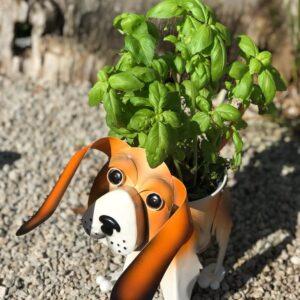 beagle dog planter