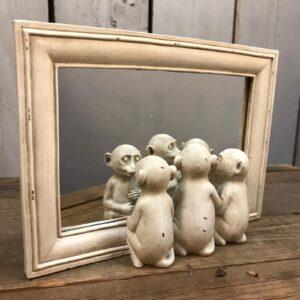 white table mirror