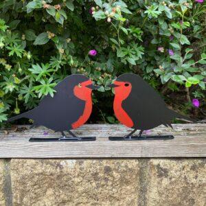 robin fence decoration